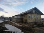 Земельный участок с домом, д. Вежа